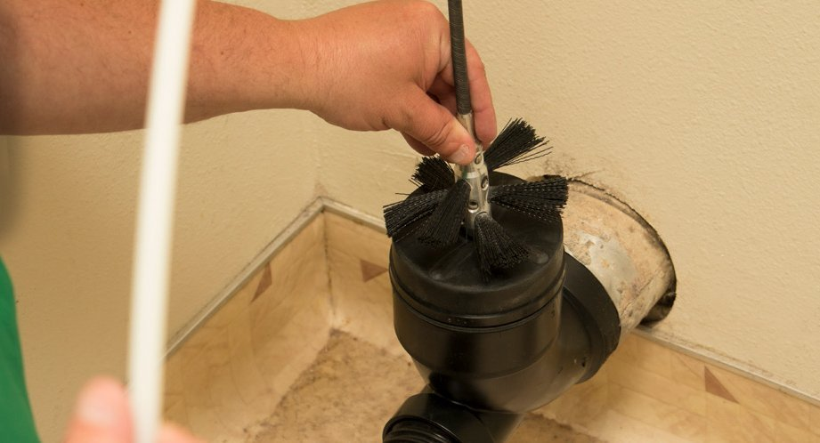 chem-dry tech performing dryer vent cleaning in fort smith